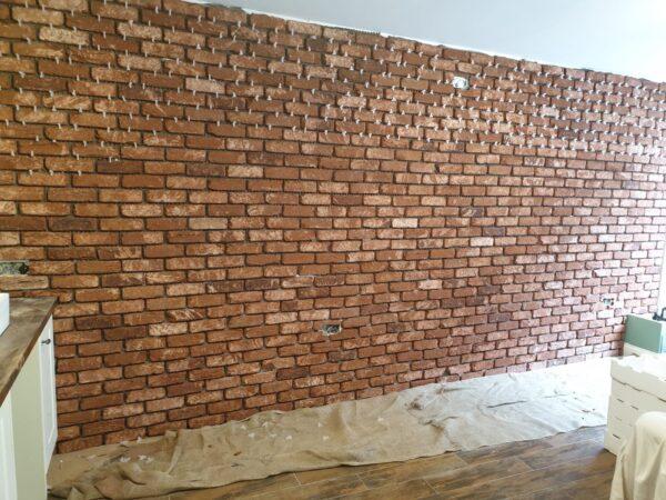 Red Reclaimed brick tile