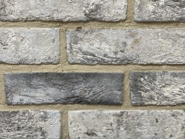 grey brick slip
